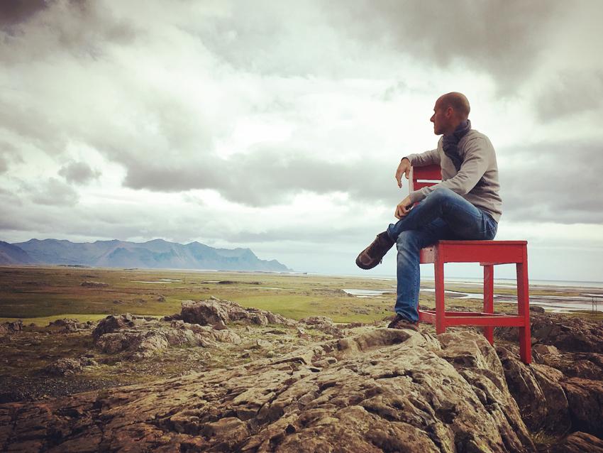 i viaggi della patta-Islanda-sedia rossa giorgio